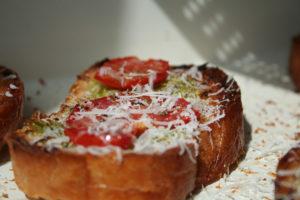 Bruschete cu rosii si usturoi (3)