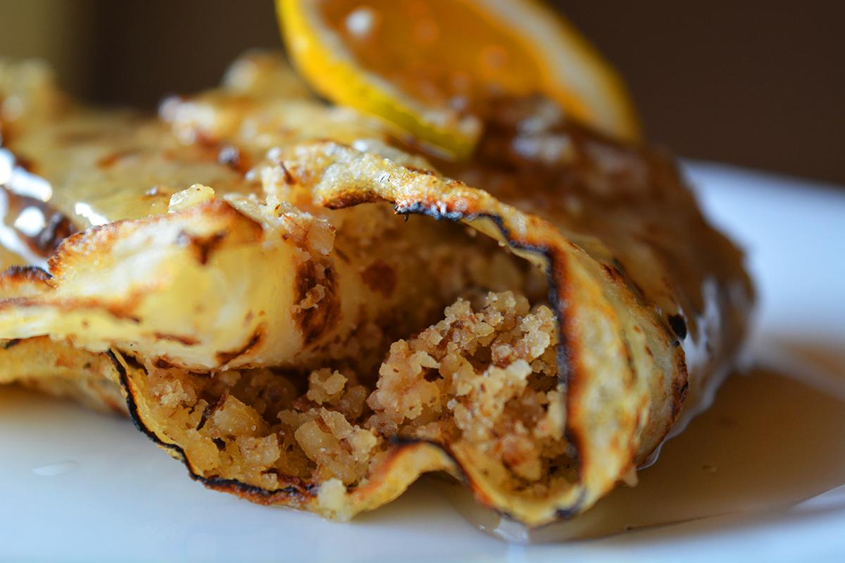 Clatite cu miere si nuci