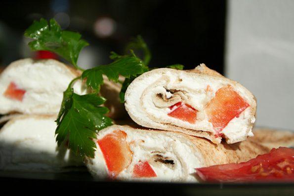 Sandwich cu Labneh si ardei gras