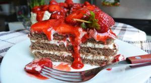 Tort Deliciu cu Mascarpone si Capsuni